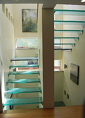 escaleras pasos en vidrio
