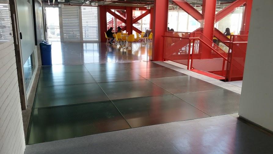 Glassteel sistemas vidriados for Pisos en el vendrell
